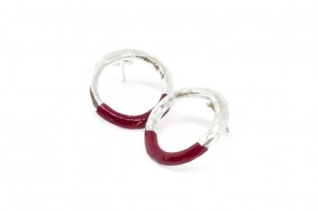 Silver empty circle earrings